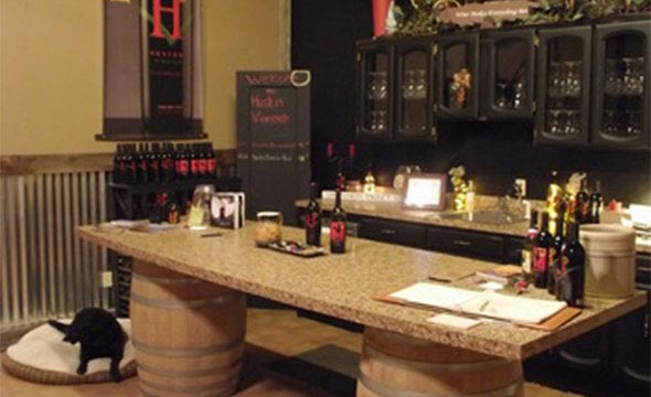 Huston Vineyards tasting room in Caldwell, Idaho